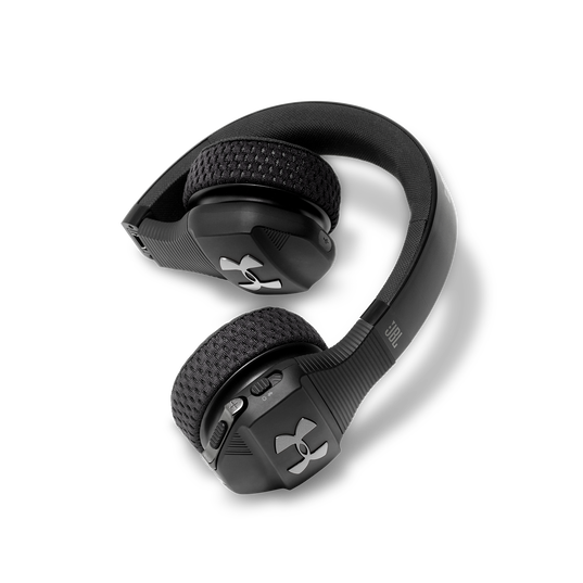 UA Sport Wireless Train – Engineered by JBL - Black - Wireless on-ear headphone built for the gym - Detailshot 2