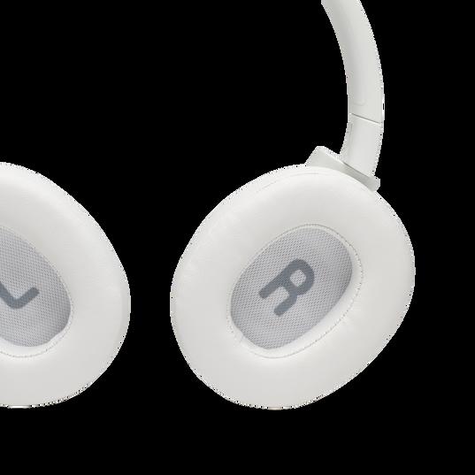 JBL TUNE 700BT - White - Wireless Over-Ear Headphones - Detailshot 7