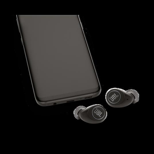JBL Free X - Black - True wireless in-ear headphones - Detailshot 4